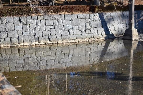 池石垣.jpg